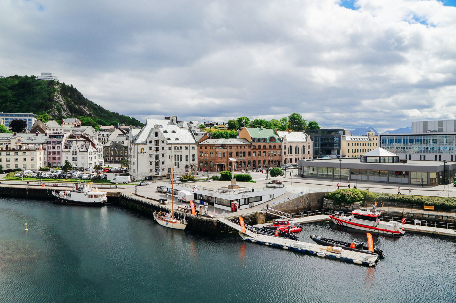 Arrival In Alesund, Norway - The Start Of Our Norwegian Road Trip! (24)