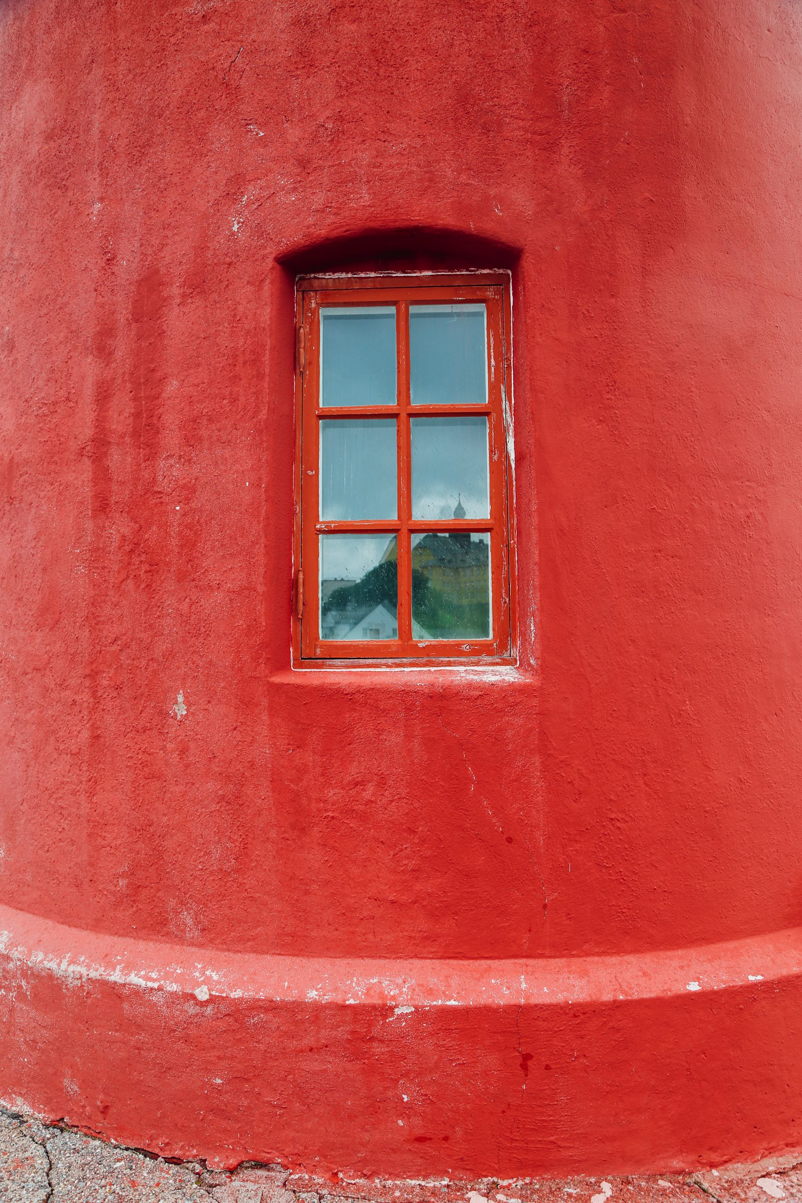 The Most Unique Place To Stay In Alesund, Norway - Molja Lighthouse! (2)