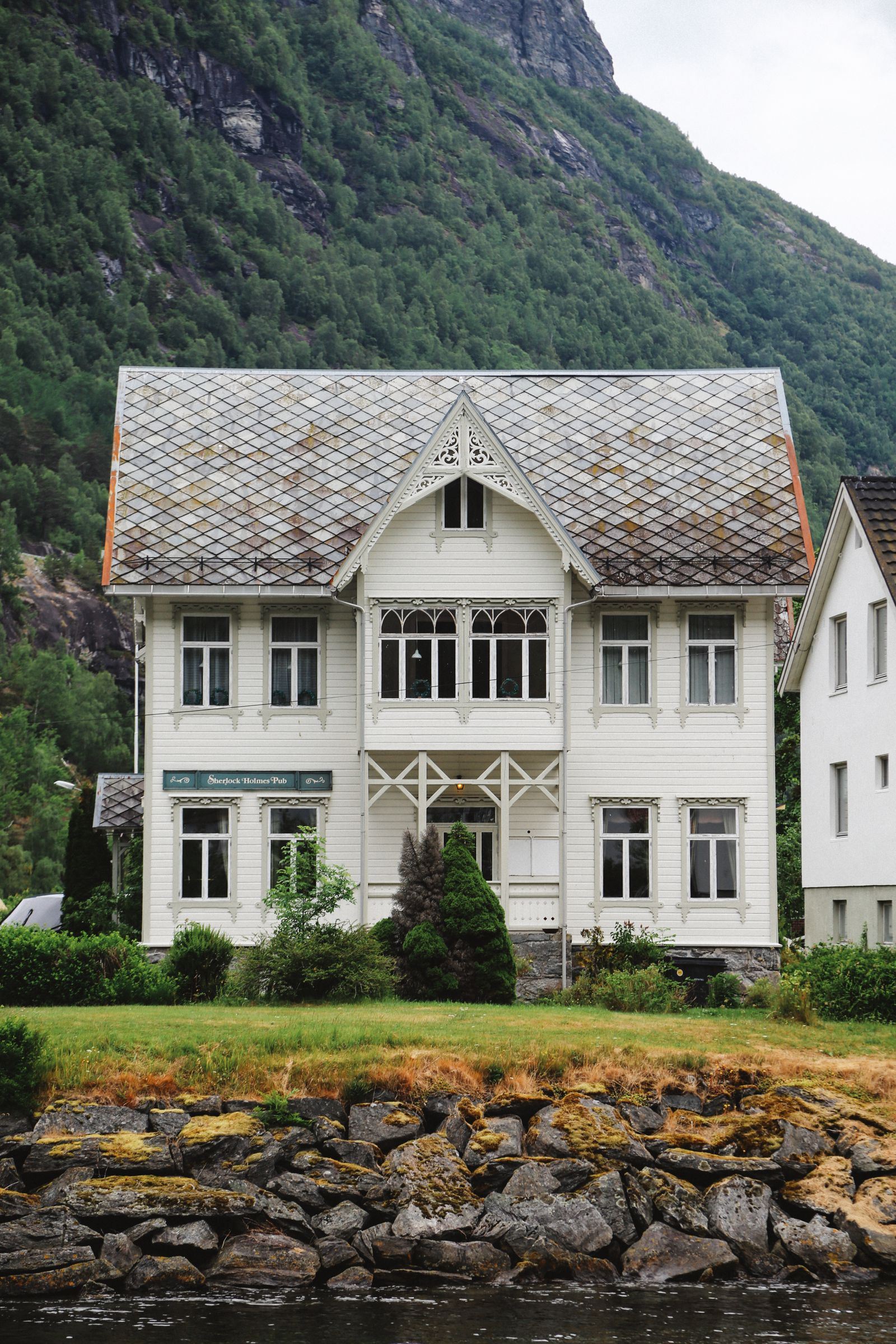 A Journey Through The Beautiful Geirangerfjord, Norway (4)