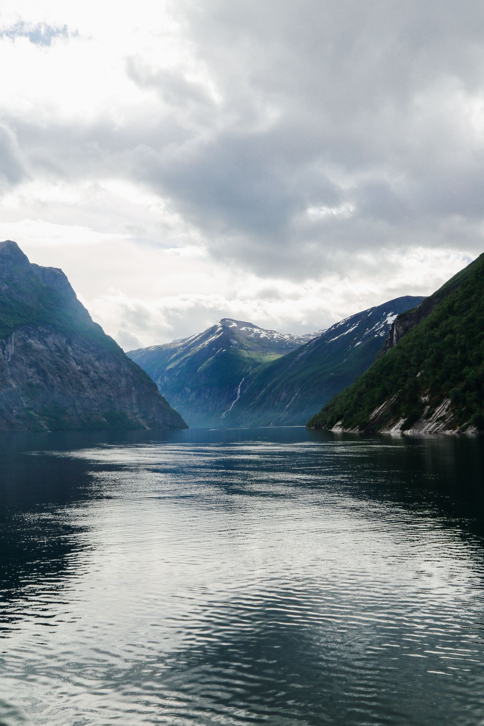 A Journey Through The Beautiful Geirangerfjord, Norway (8)