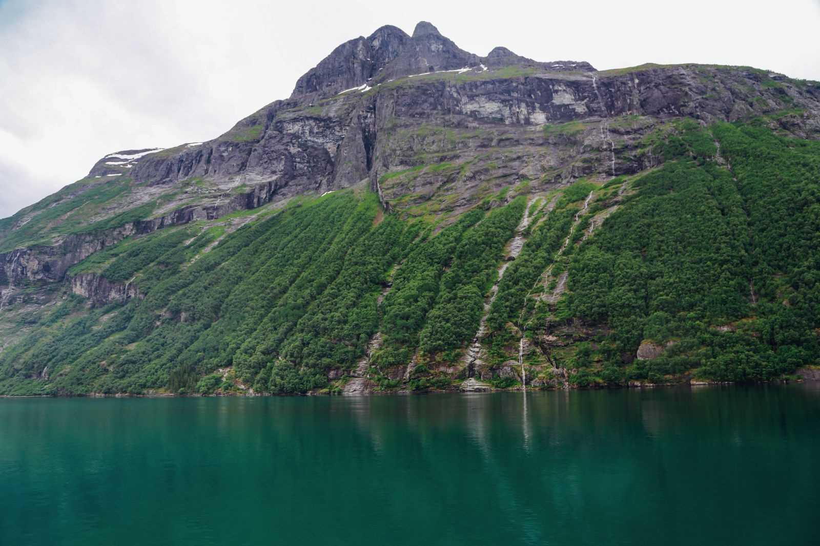 A Journey Through The Beautiful Geirangerfjord, Norway (9)
