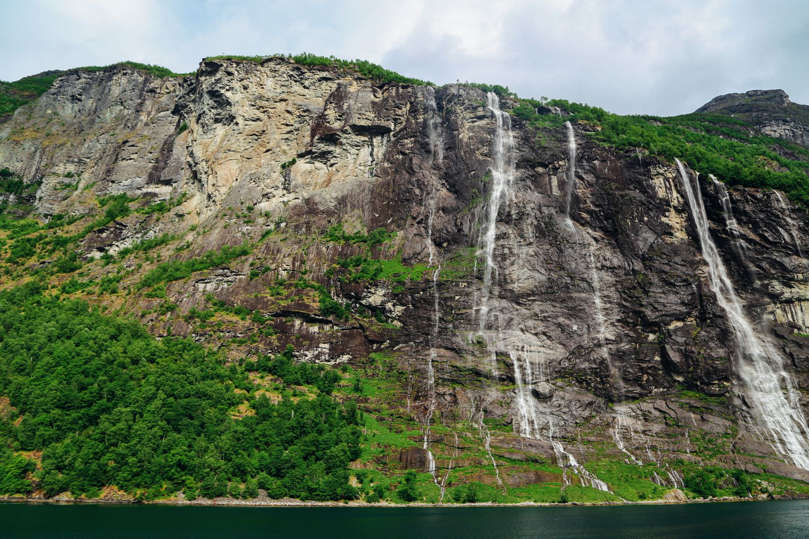 A Journey Through The Beautiful Geirangerfjord, Norway (20)