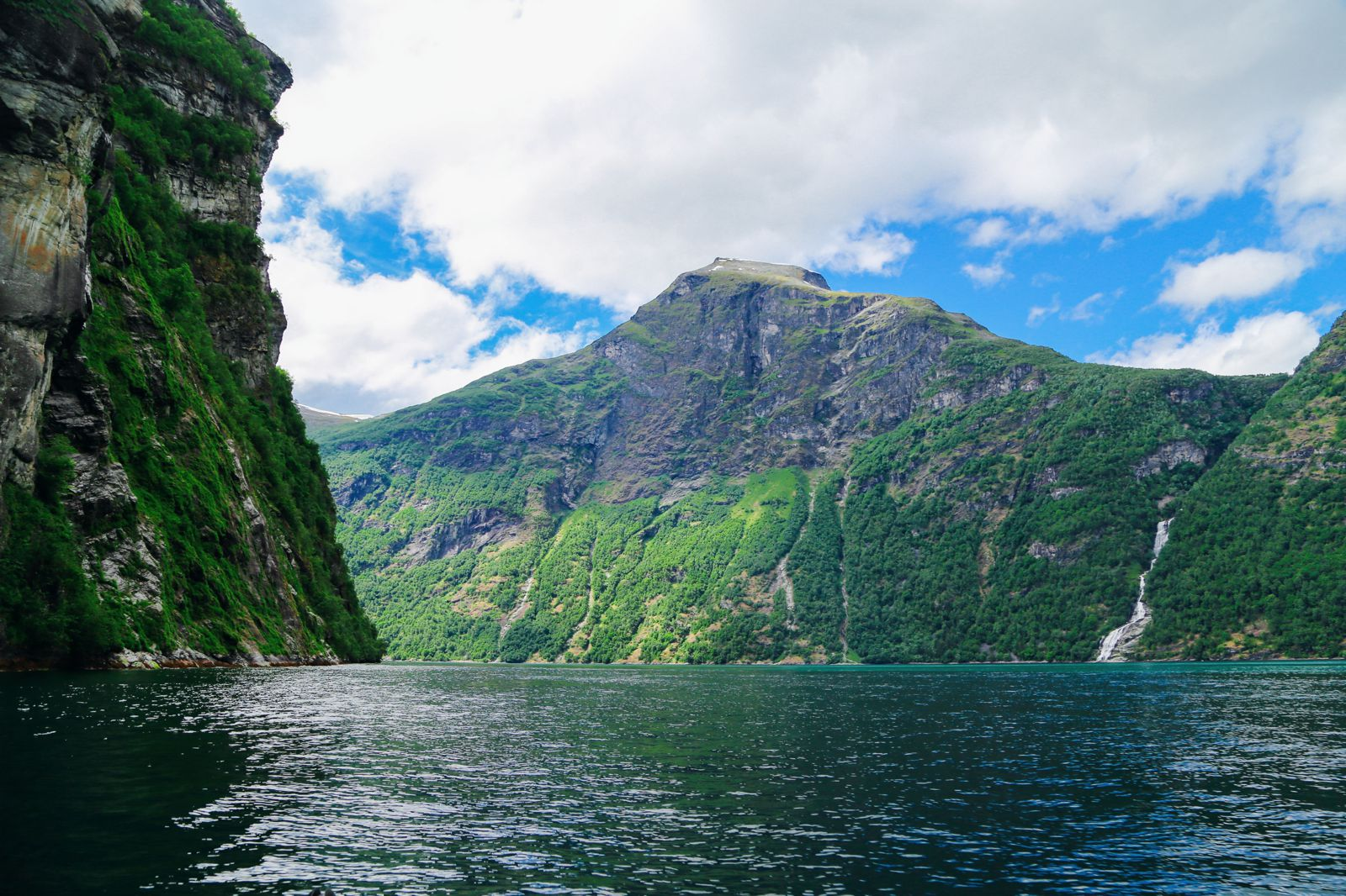 Rib-Boating The Geirangerfjord (20)