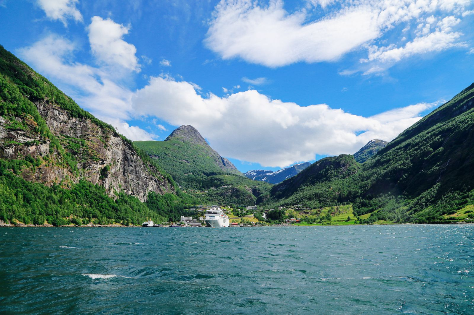 Rib-Boating The Geirangerfjord (3)