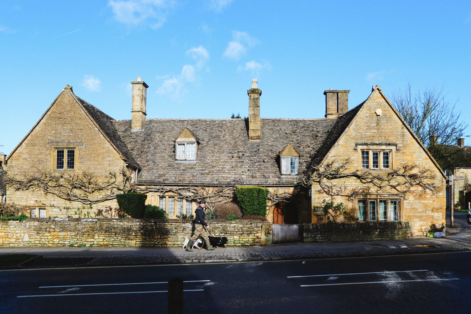 An Afternoon In The English Villages Of Broadway And Bourton-On-The-Water... The Cotswolds, England (29)