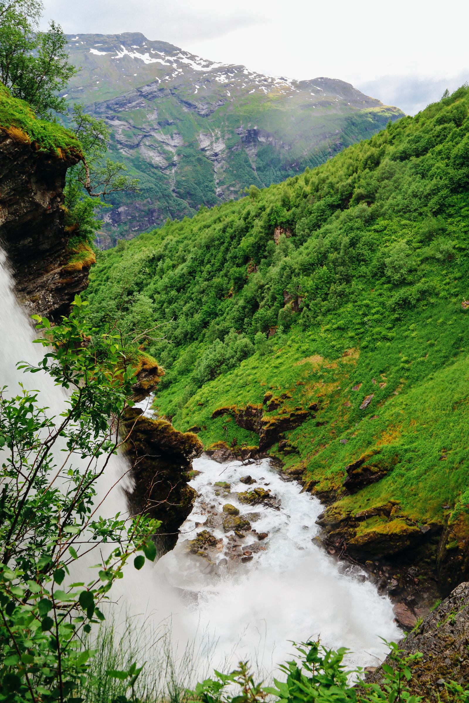 Exploring Storseterfossen Waterfall - A Waterfall In Norway You Can Walk Behind! (27)