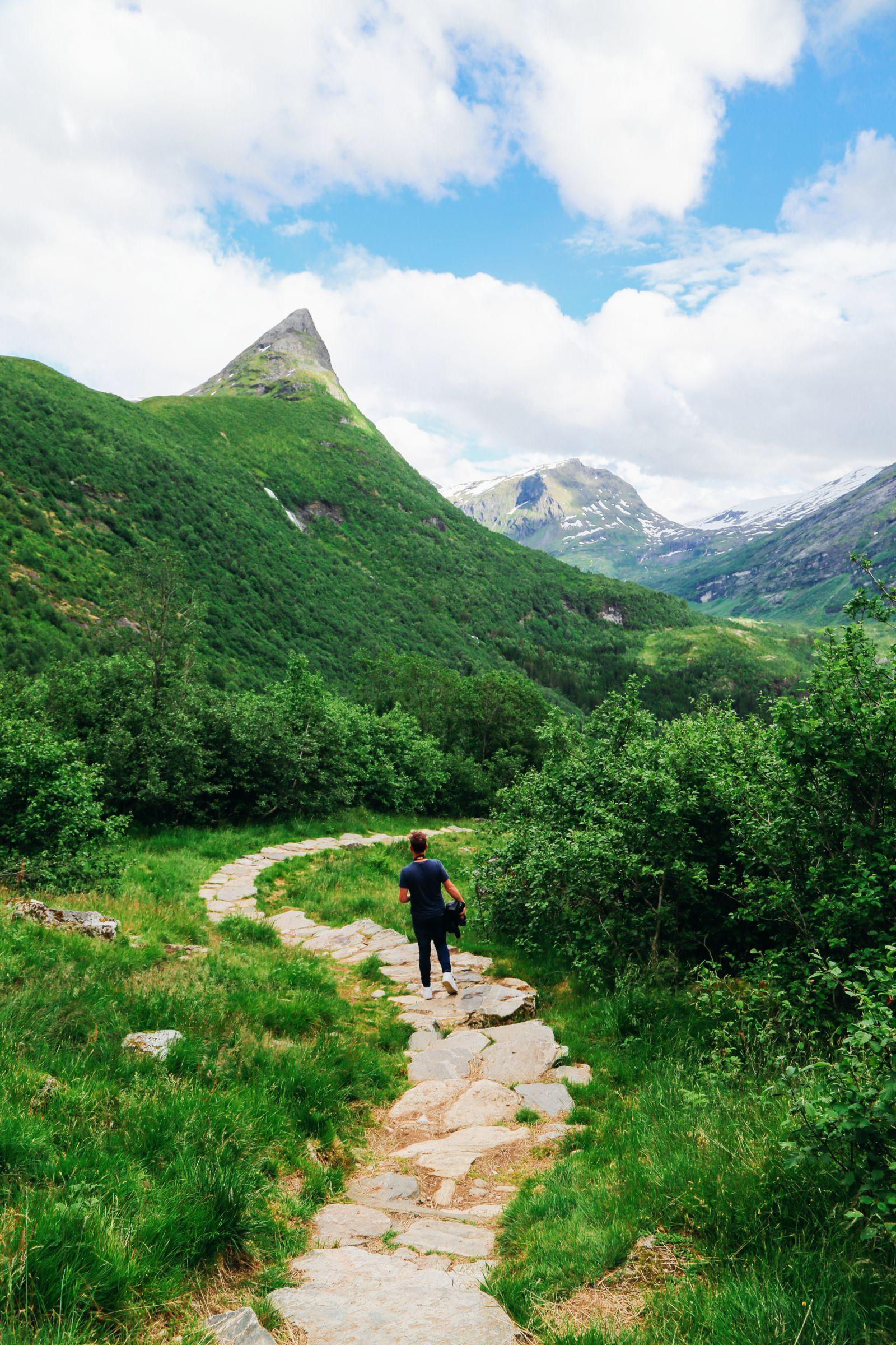Exploring Storseterfossen Waterfall - A Waterfall In Norway You Can Walk Behind! (28)