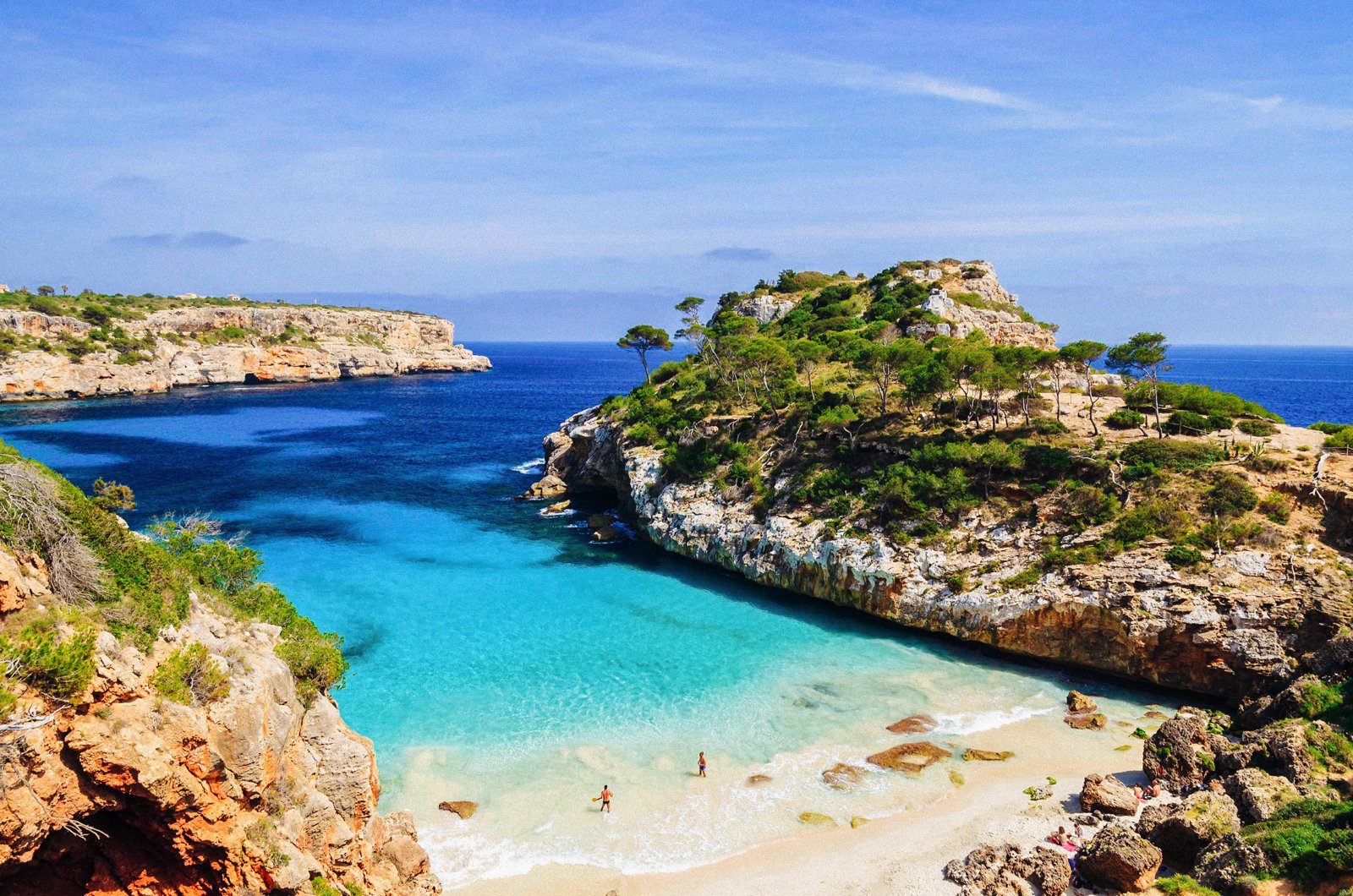 10 Beautiful Mediterranean Islands You Have To Visit (4)