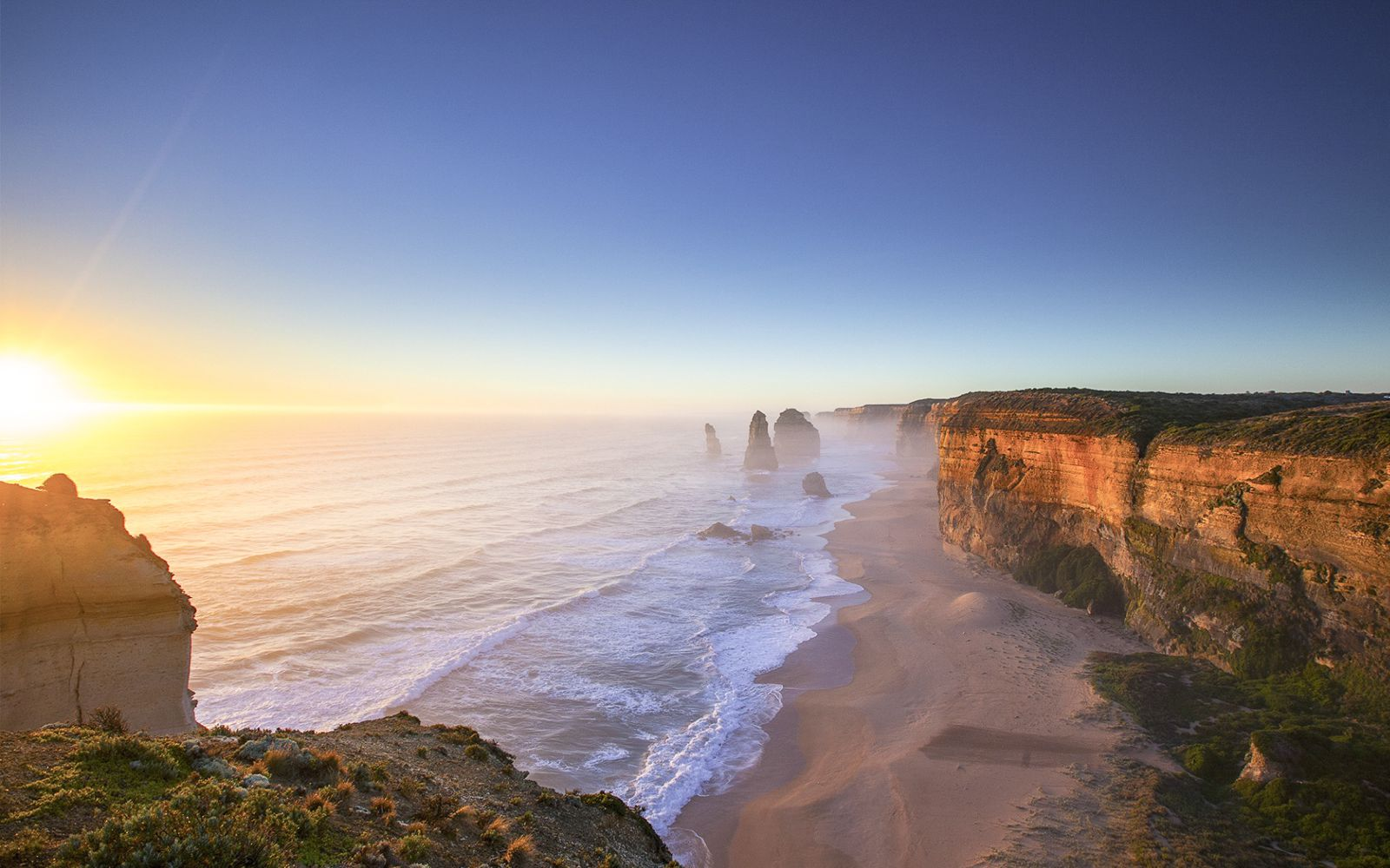 11 Incredible Places You Must Visit On Your Road Trip Across Australia (10)