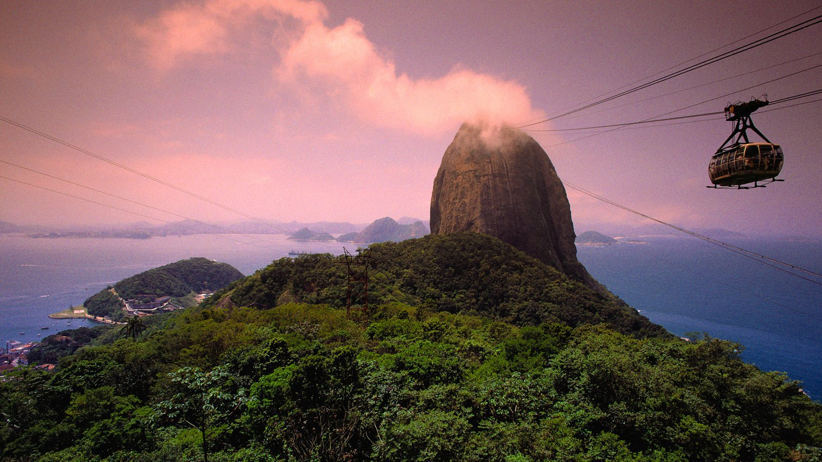 10 Fantastic Sights You Have To See In Rio de Janeiro, Brazil (3)