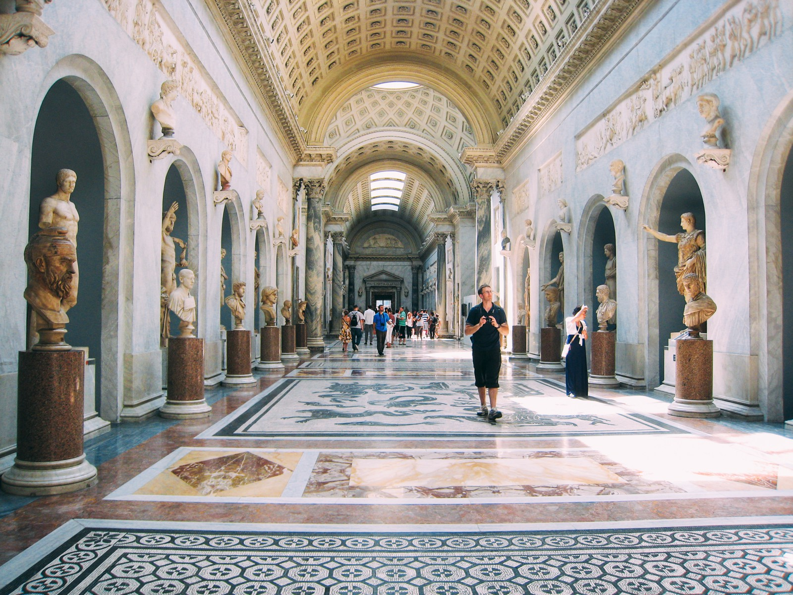 15 Sights You Have To See In Rome, Italy (16)