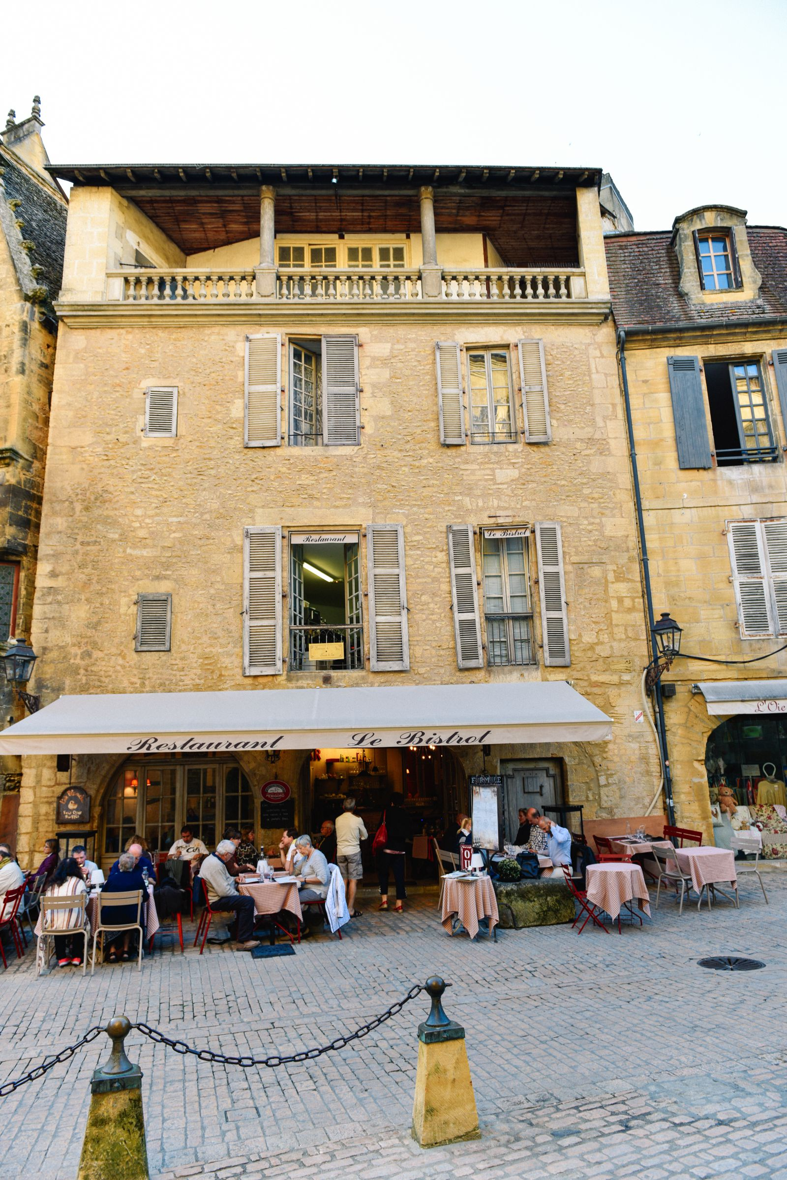 The Old Historic French Town Of Sarlat (7)