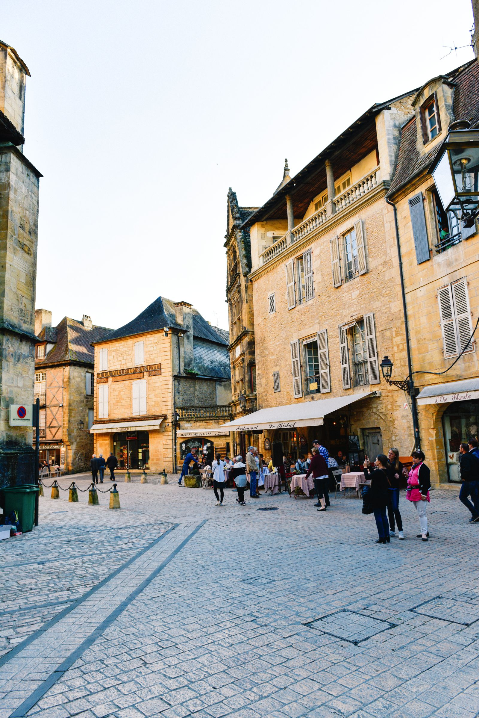 The Old Historic French Town Of Sarlat (9)