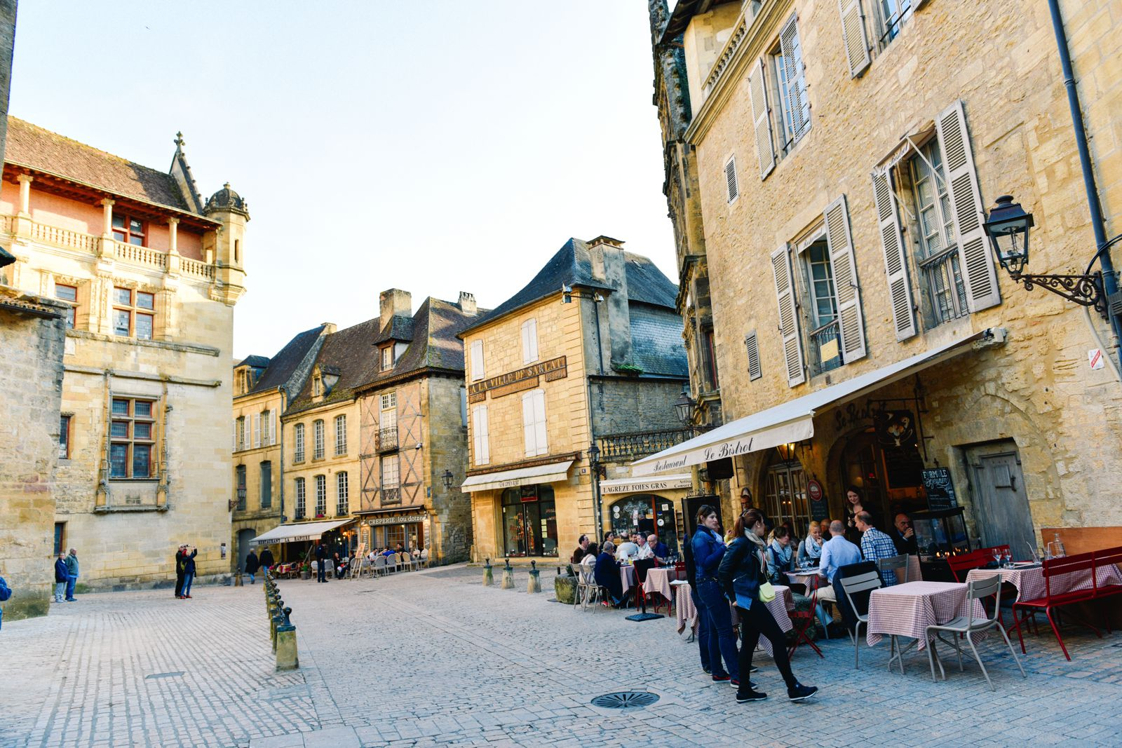 The Old Historic French Town Of Sarlat (11)