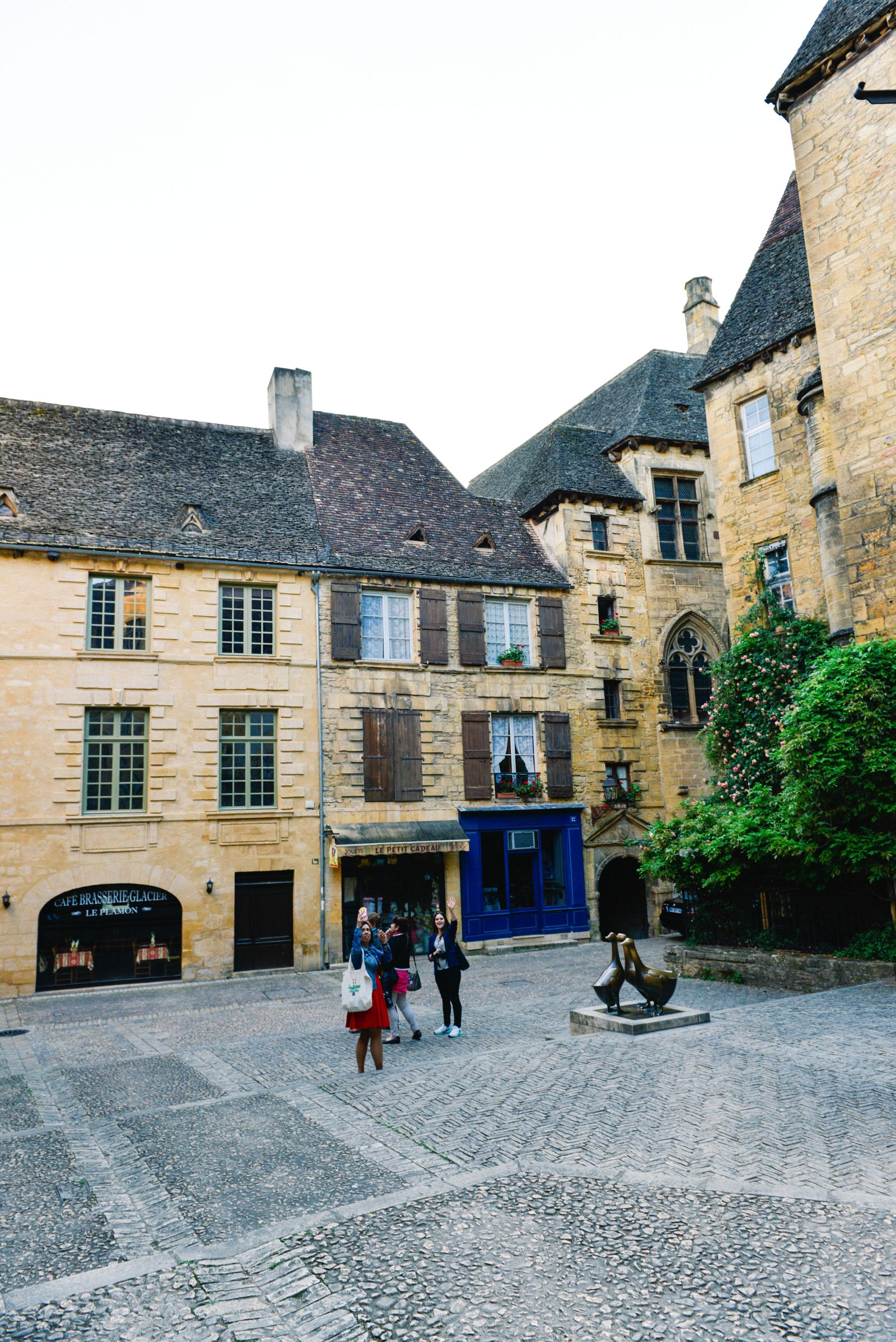 The Old Historic French Town Of Sarlat (22)