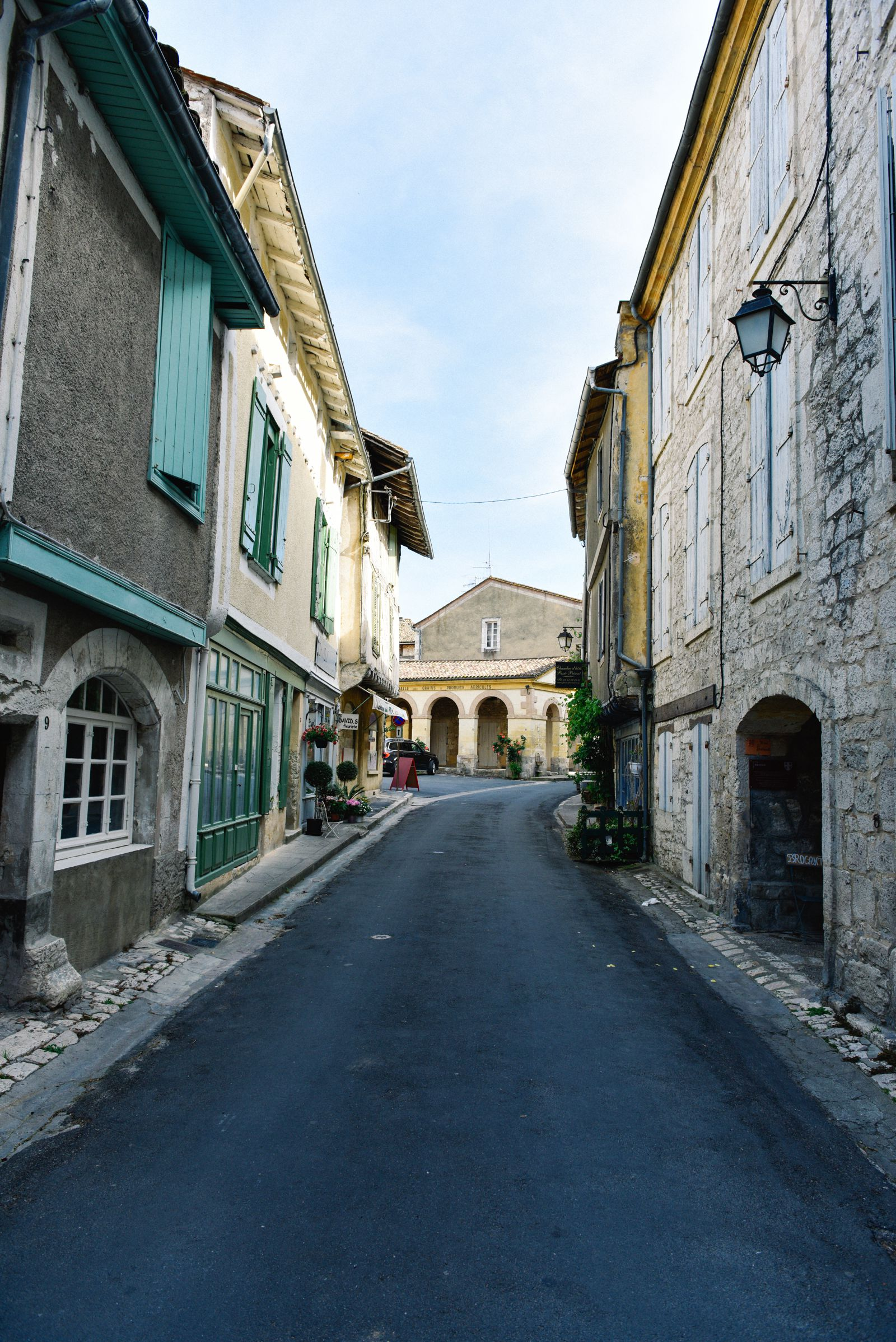 Charming Issigeac... The Medieval Village In France's Dordogne Valley (16)