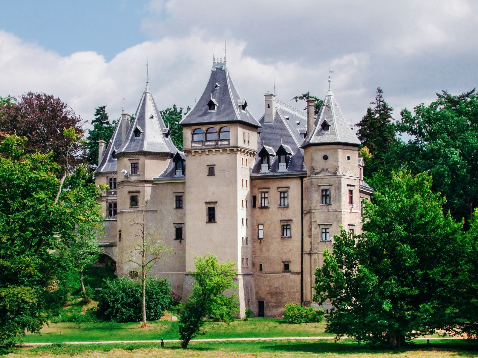 10 Amazing Castles You Have To Visit In Poland (12)