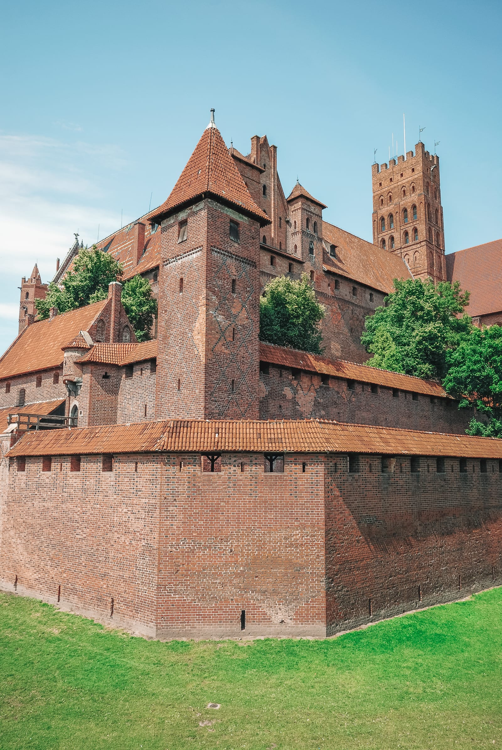 10 Best Castles In Poland You Have To Visit (14)