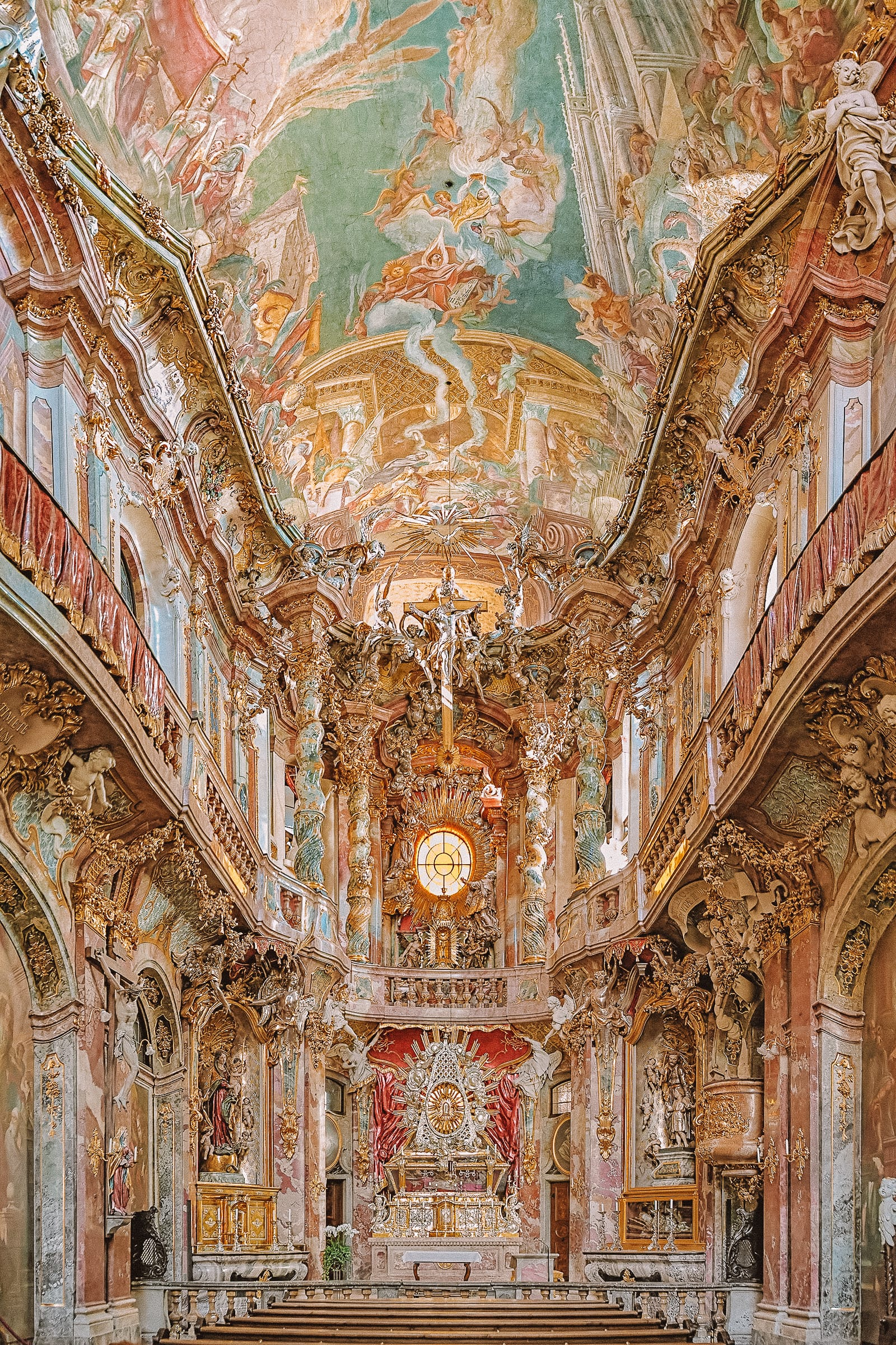 11 Amazing Things To Do In Munich, Germany (12)