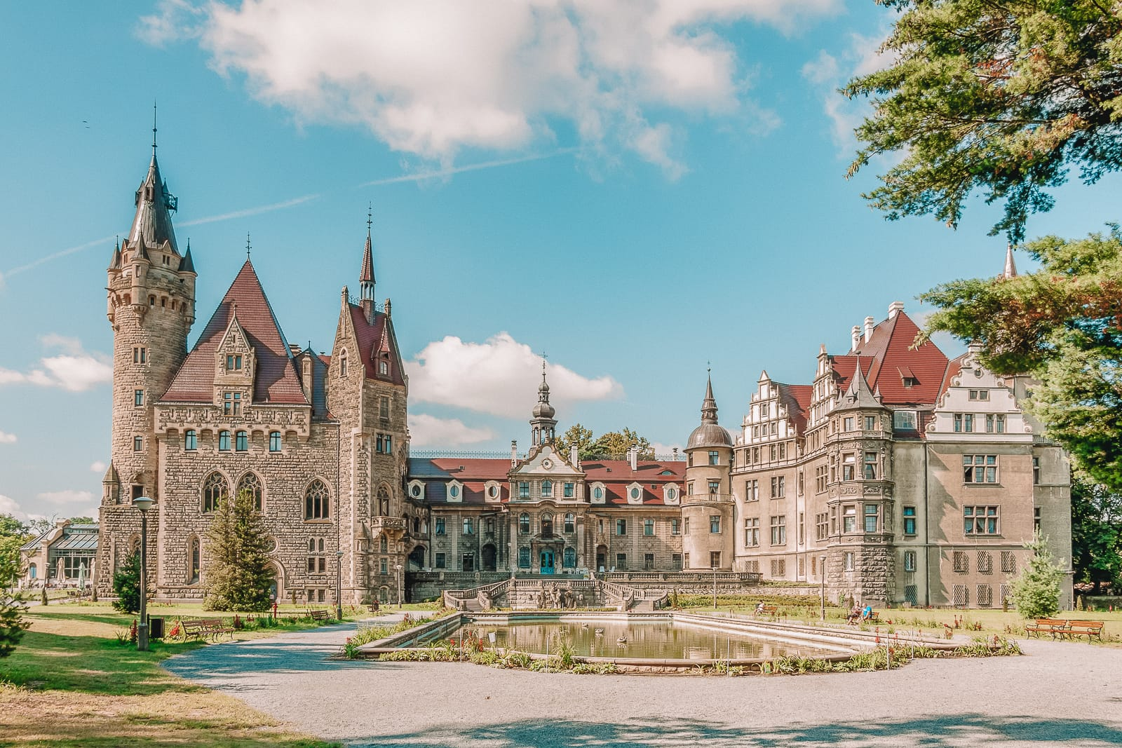 10 Best Castles In Poland You Have To Visit (5)