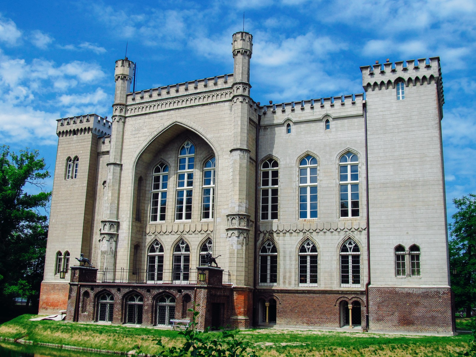 10 Amazing Castles You Have To Visit In Poland (11)