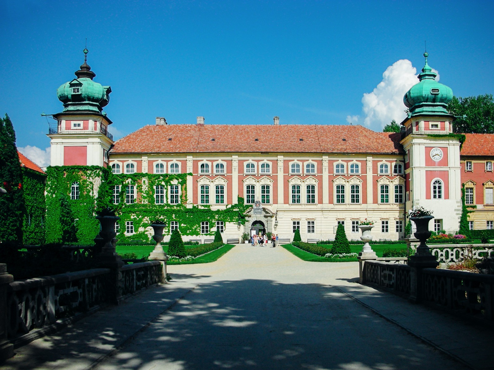 10 Amazing Castles You Have To Visit In Poland (8)