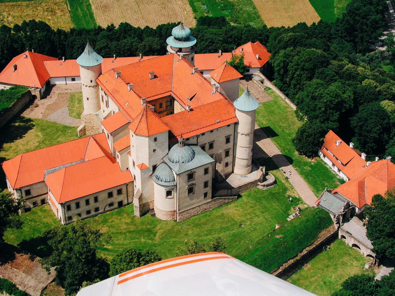 10 Amazing Castles You Have To Visit In Poland (2)