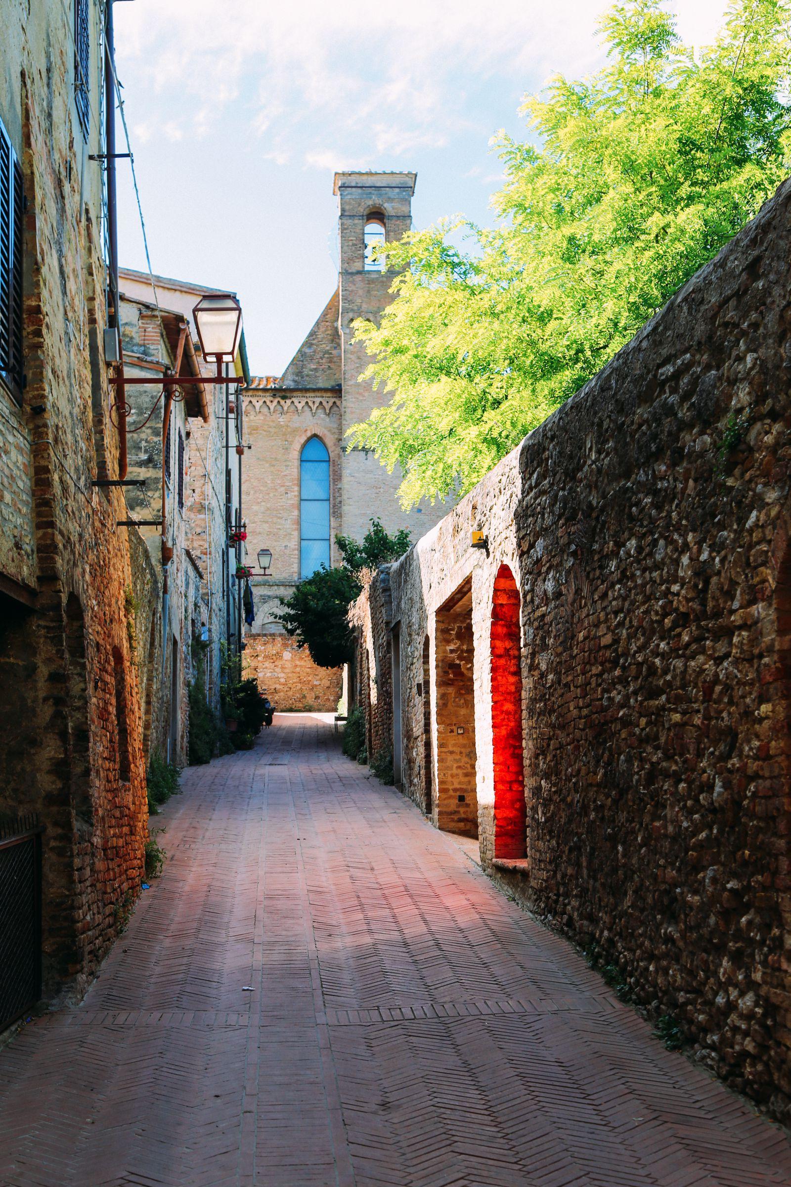 The Beautiful Italian Town Of San Gimignano (7)