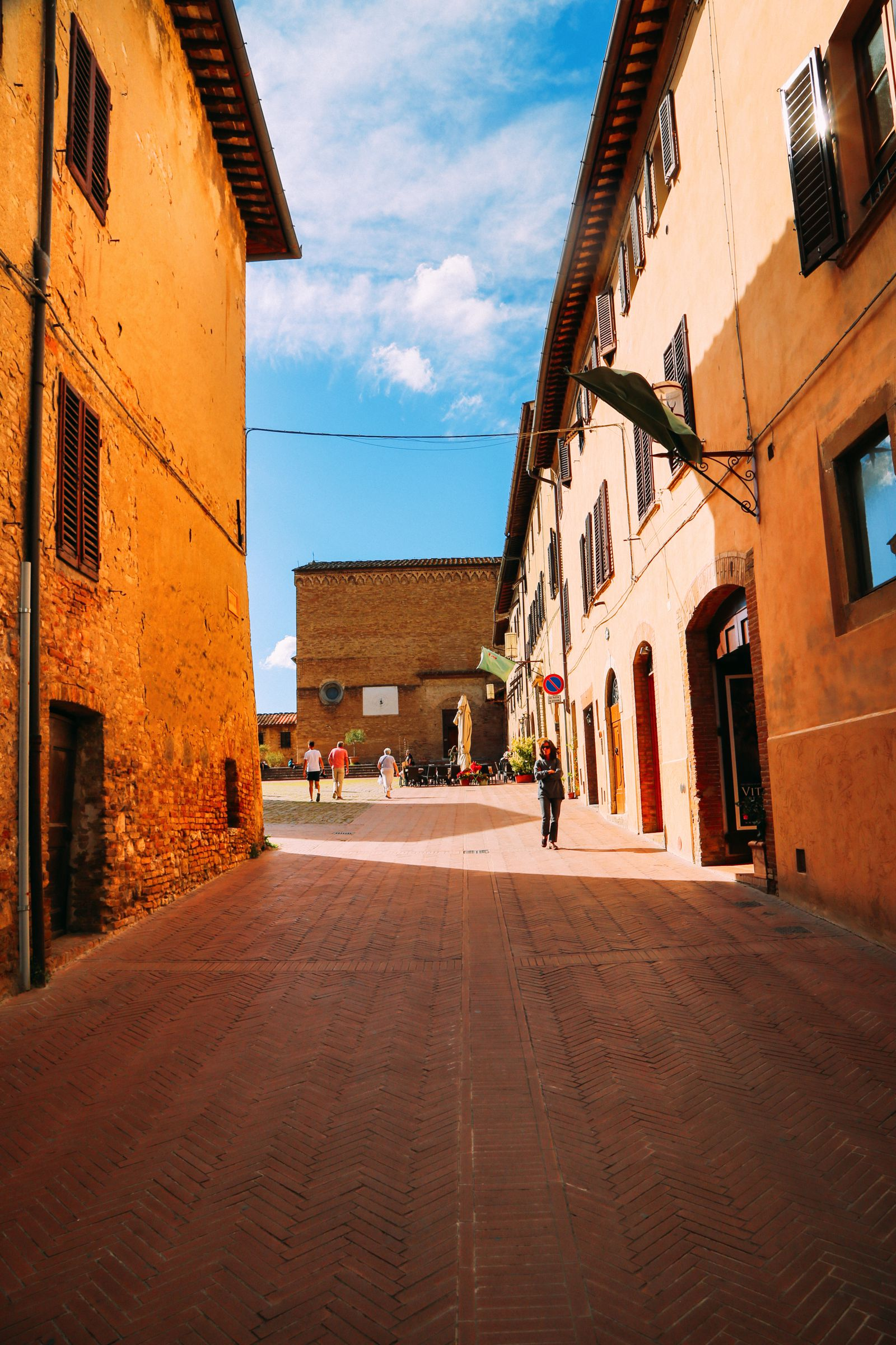 The Beautiful Italian Town Of San Gimignano (10)