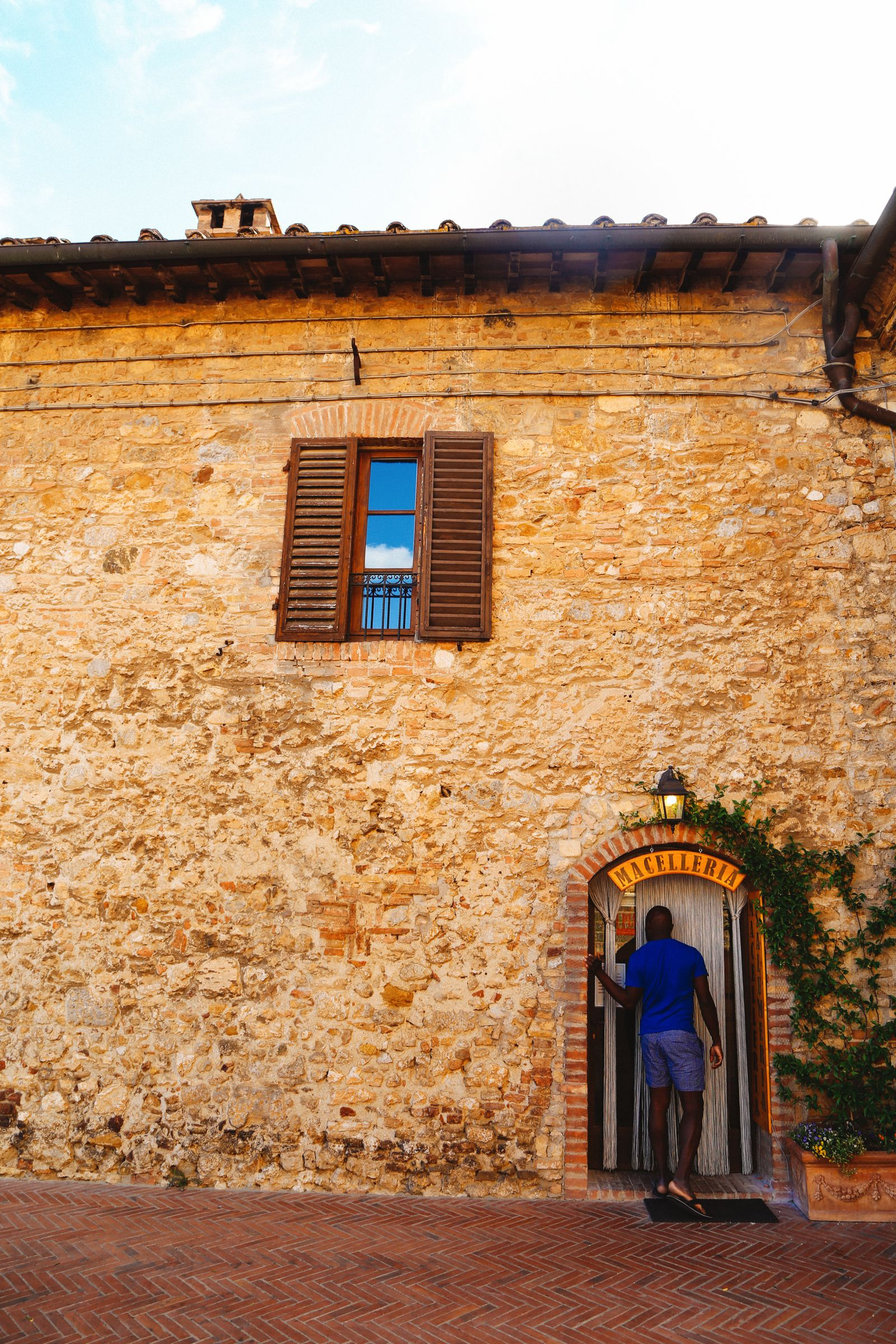 The Beautiful Italian Town Of San Gimignano (18)