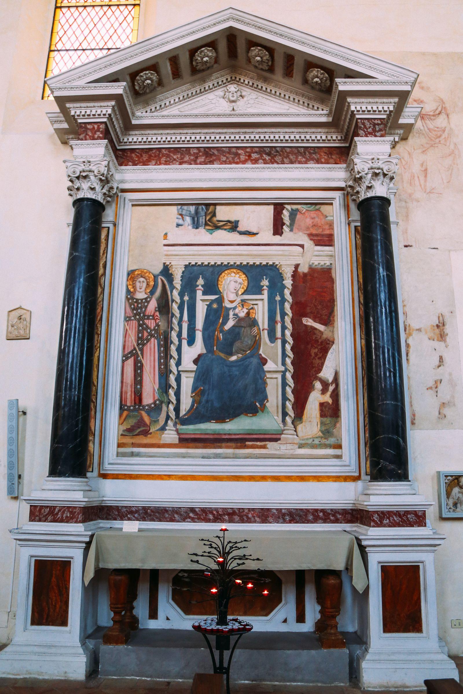 The Beautiful Italian Town Of San Gimignano (22)