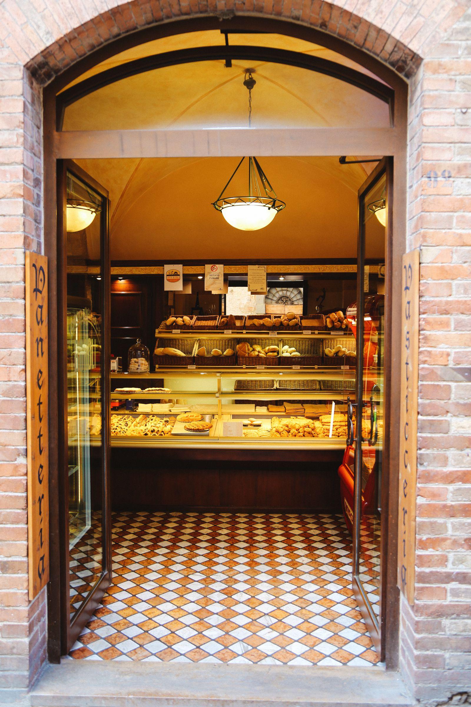 The Beautiful Italian Town Of San Gimignano (31)