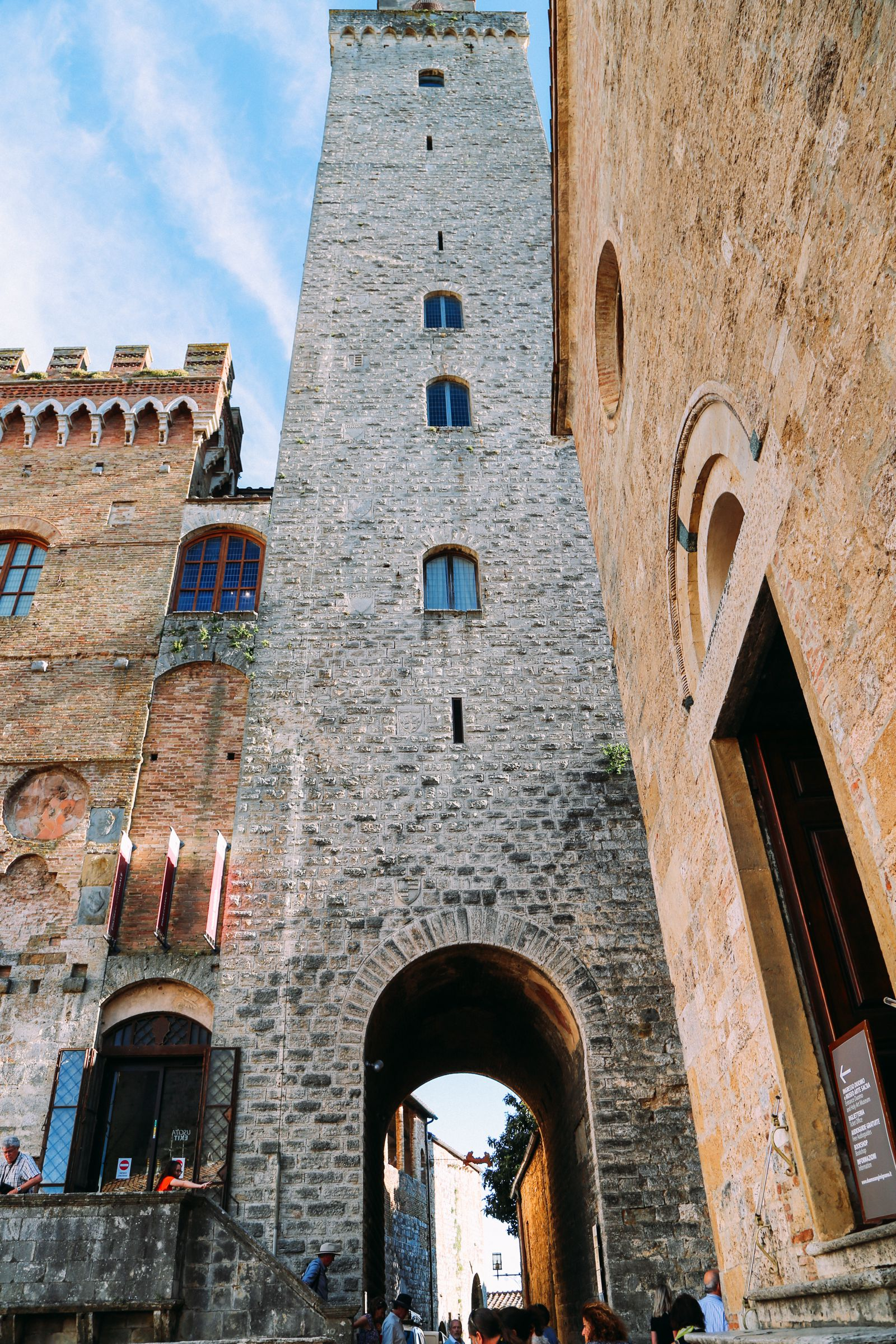 The Beautiful Italian Town Of San Gimignano (37)