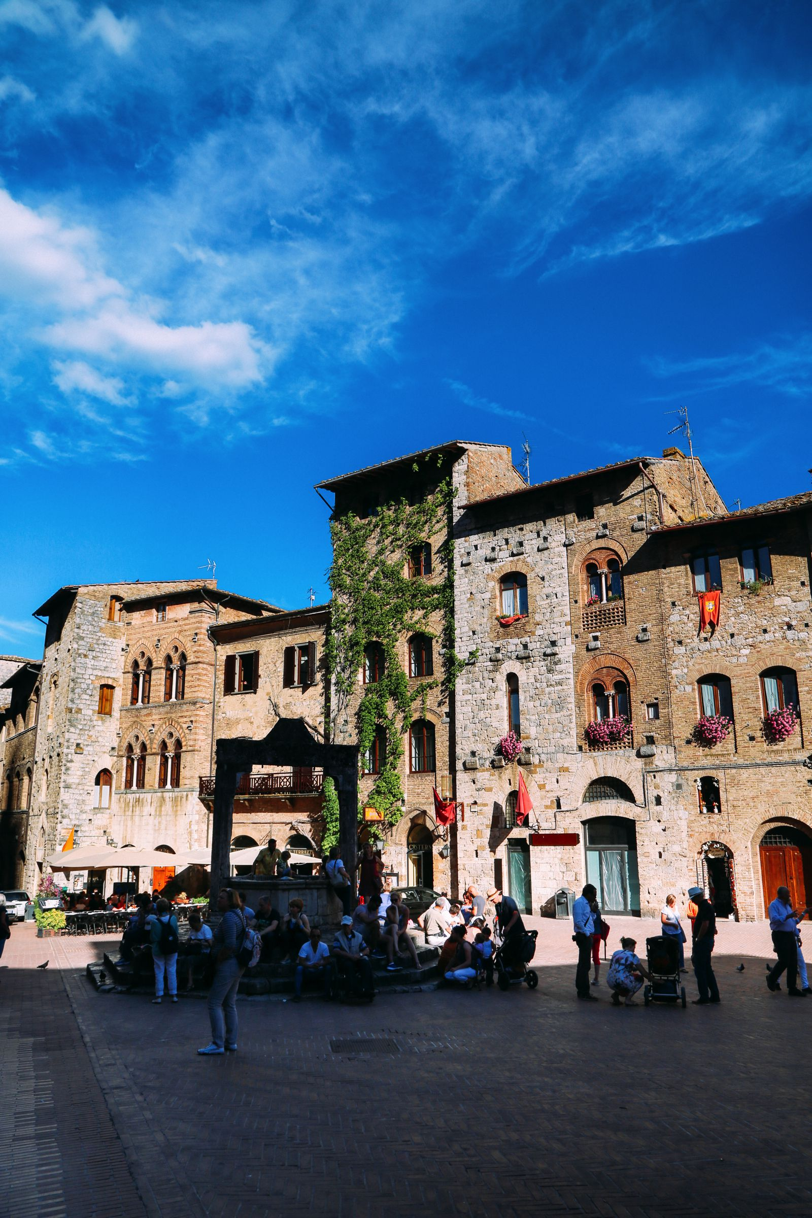 The Beautiful Italian Town Of San Gimignano (42)