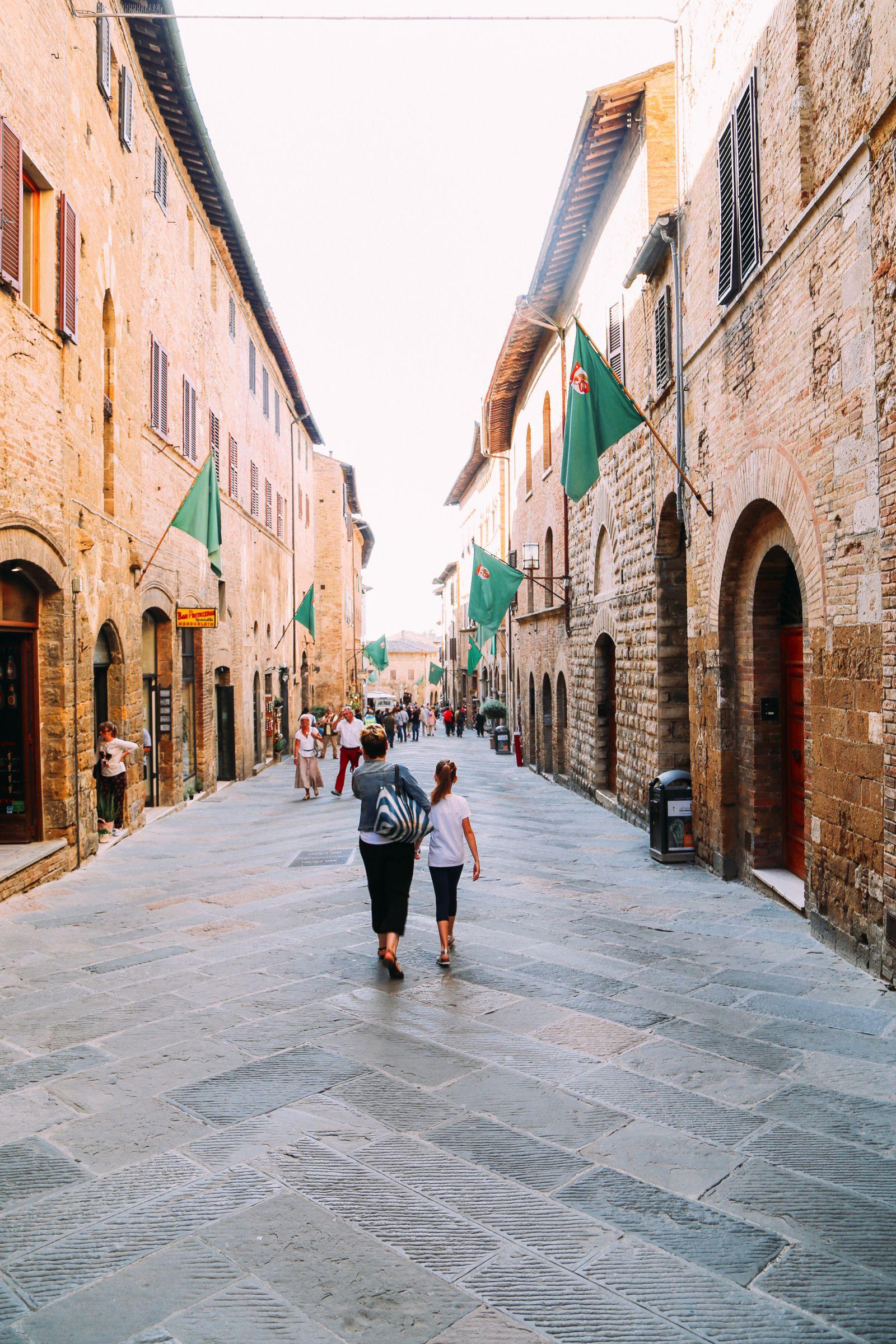 The Beautiful Italian Town Of San Gimignano (60)