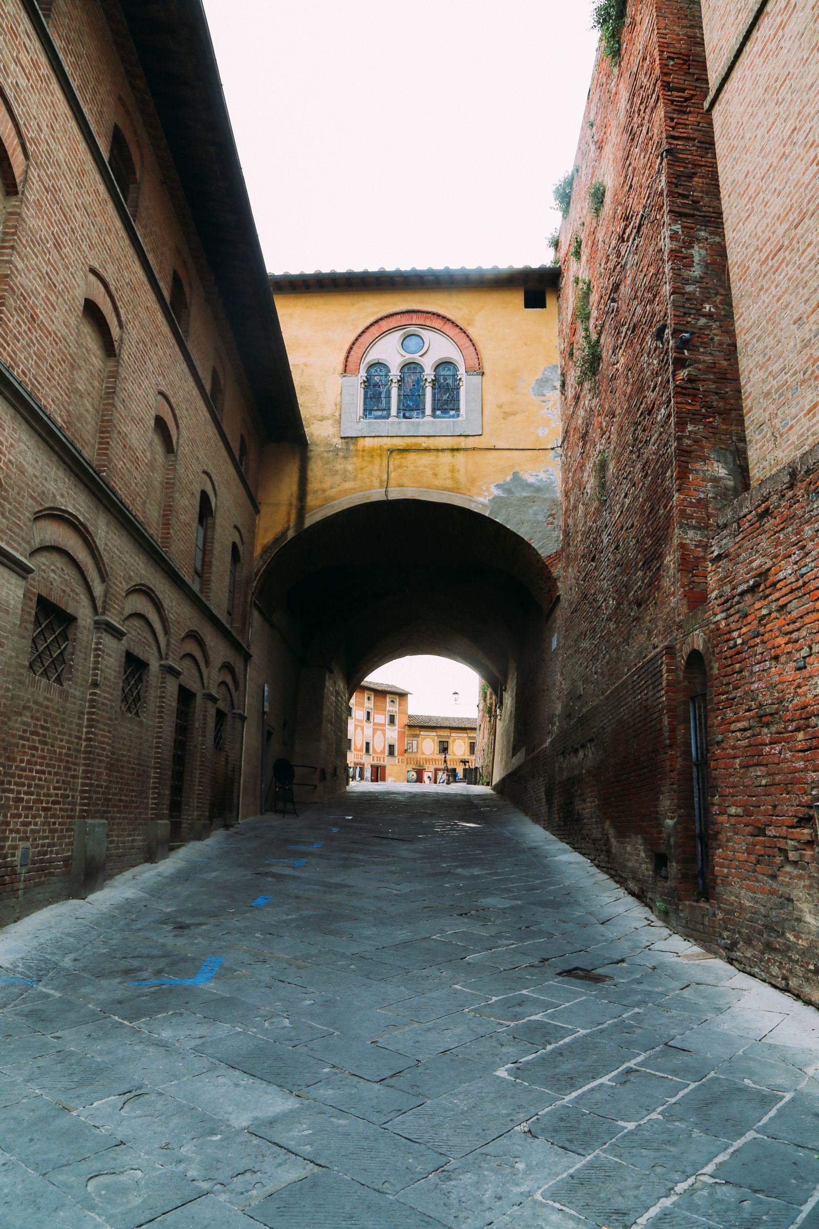 The Beautiful Tuscan Town Of San Miniato, Italy (24)
