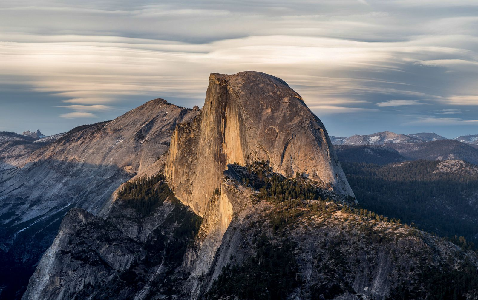 12 Of The Best Hiking Routes You Have To Experience In California (4)