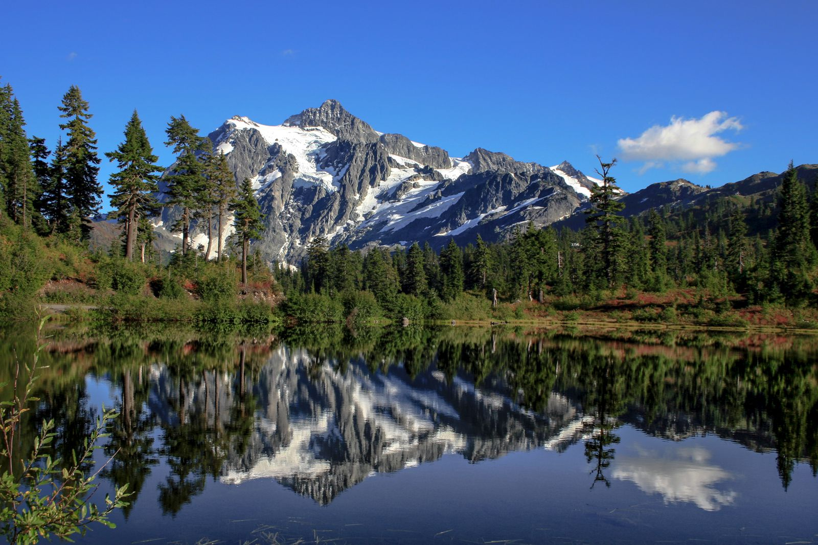 12 Of The Best Hiking Routes In Washington State, USA (8)