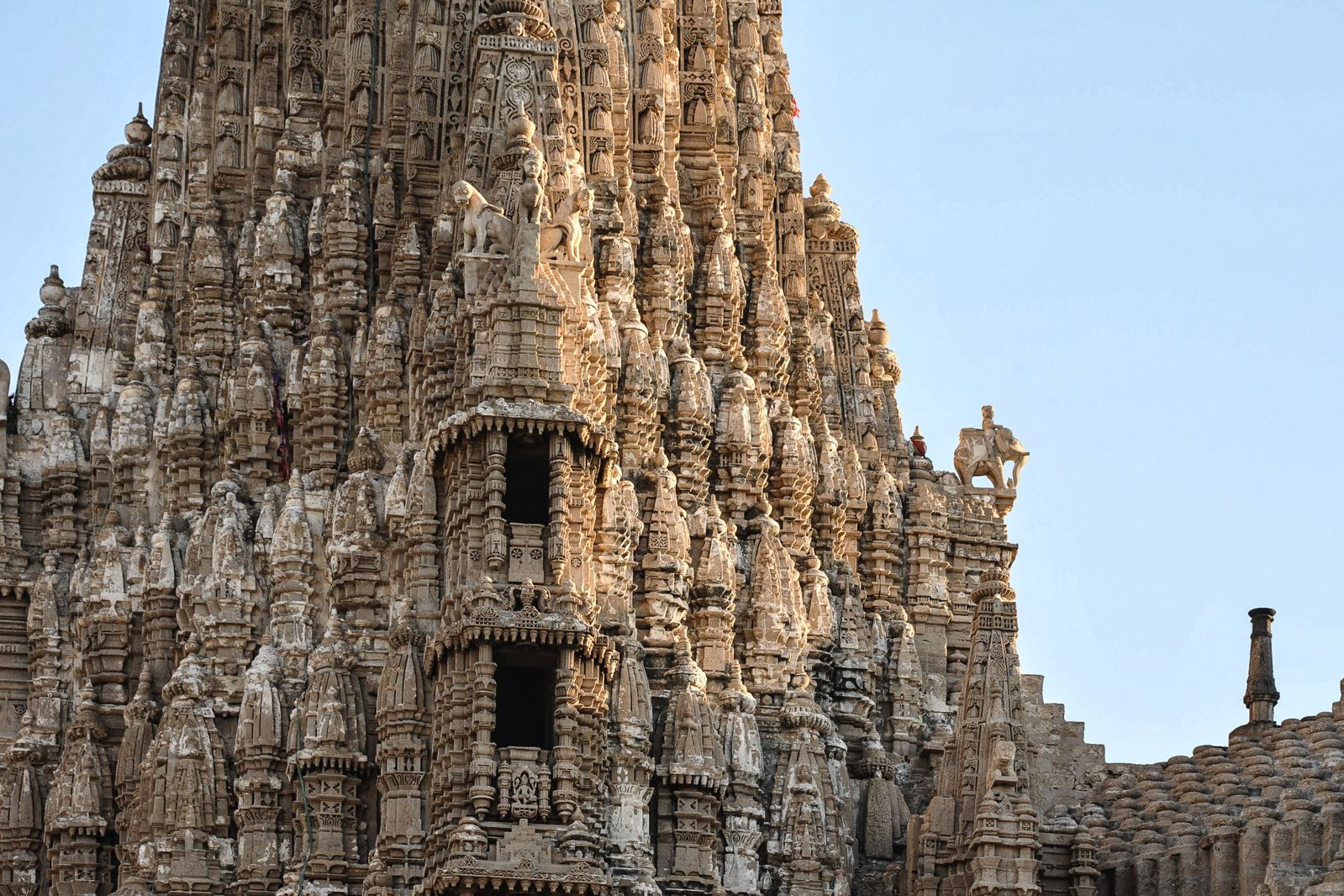 10 Stunning Temples You Must Explore In India (15)