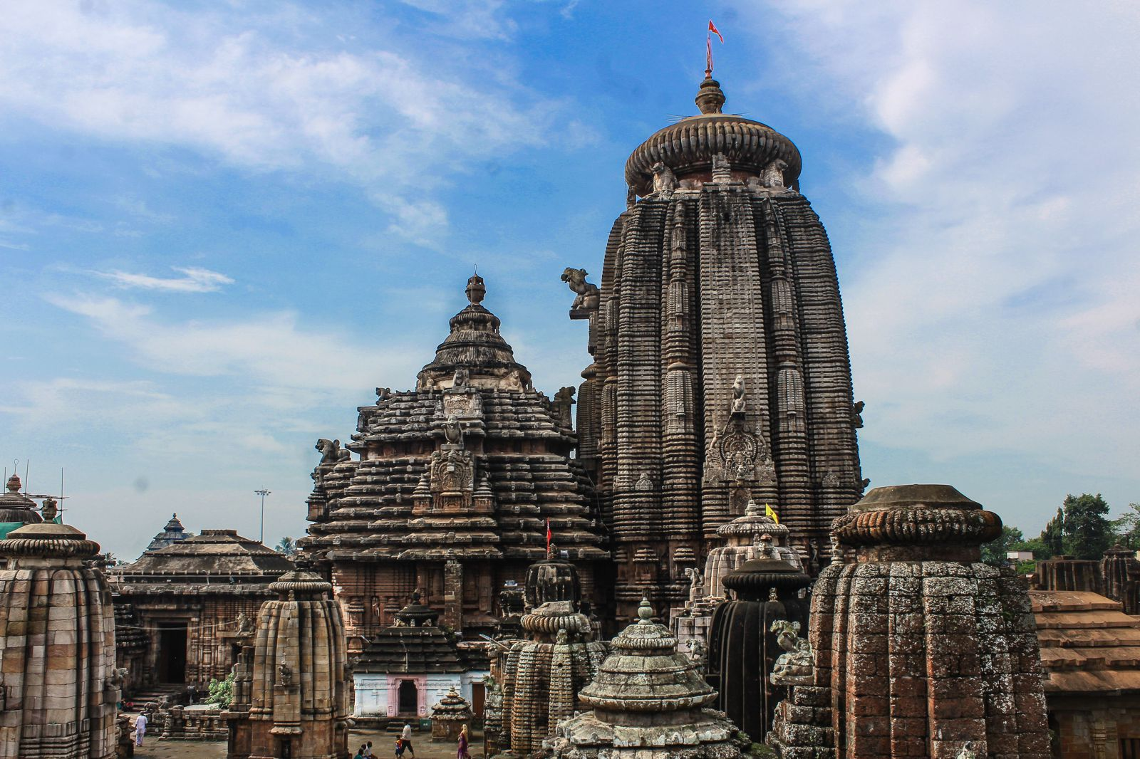 10 Stunning Temples You Must Explore In India (3)