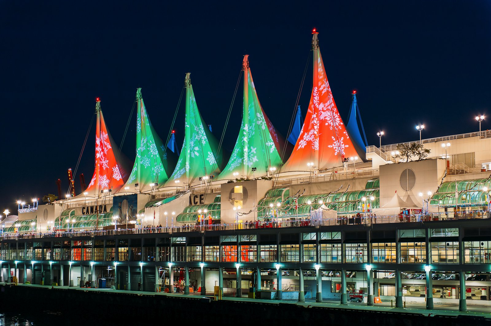 14 Fantastic Places You Have To Visit In Vancouver, Canada (16)