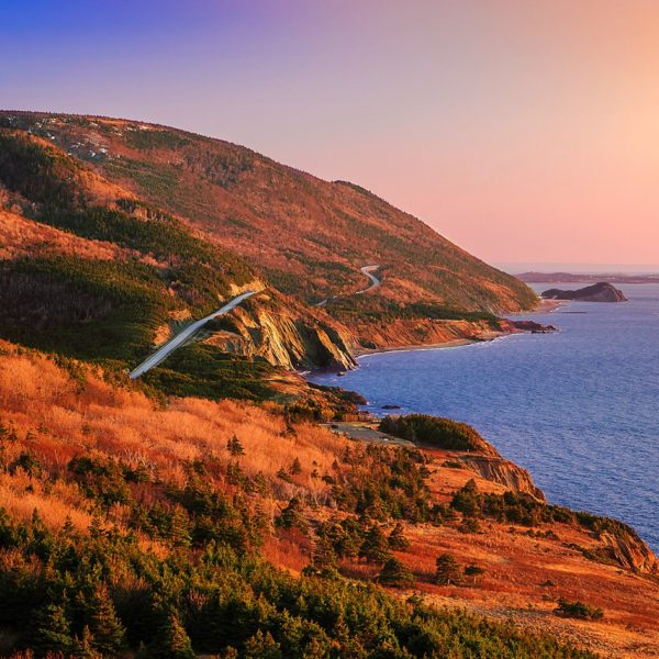15 Amazing Places You Have To Visit On A Road Trip Across Canada (4)