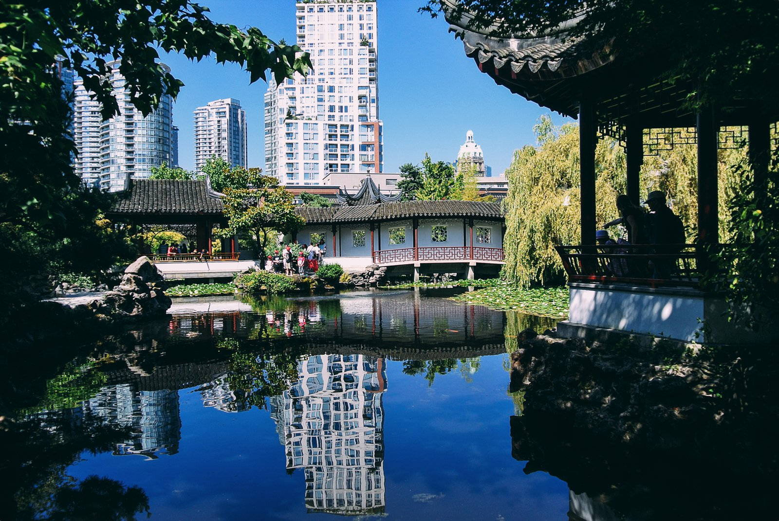 14 Fantastic Places You Have To Visit In Vancouver, Canada (14)