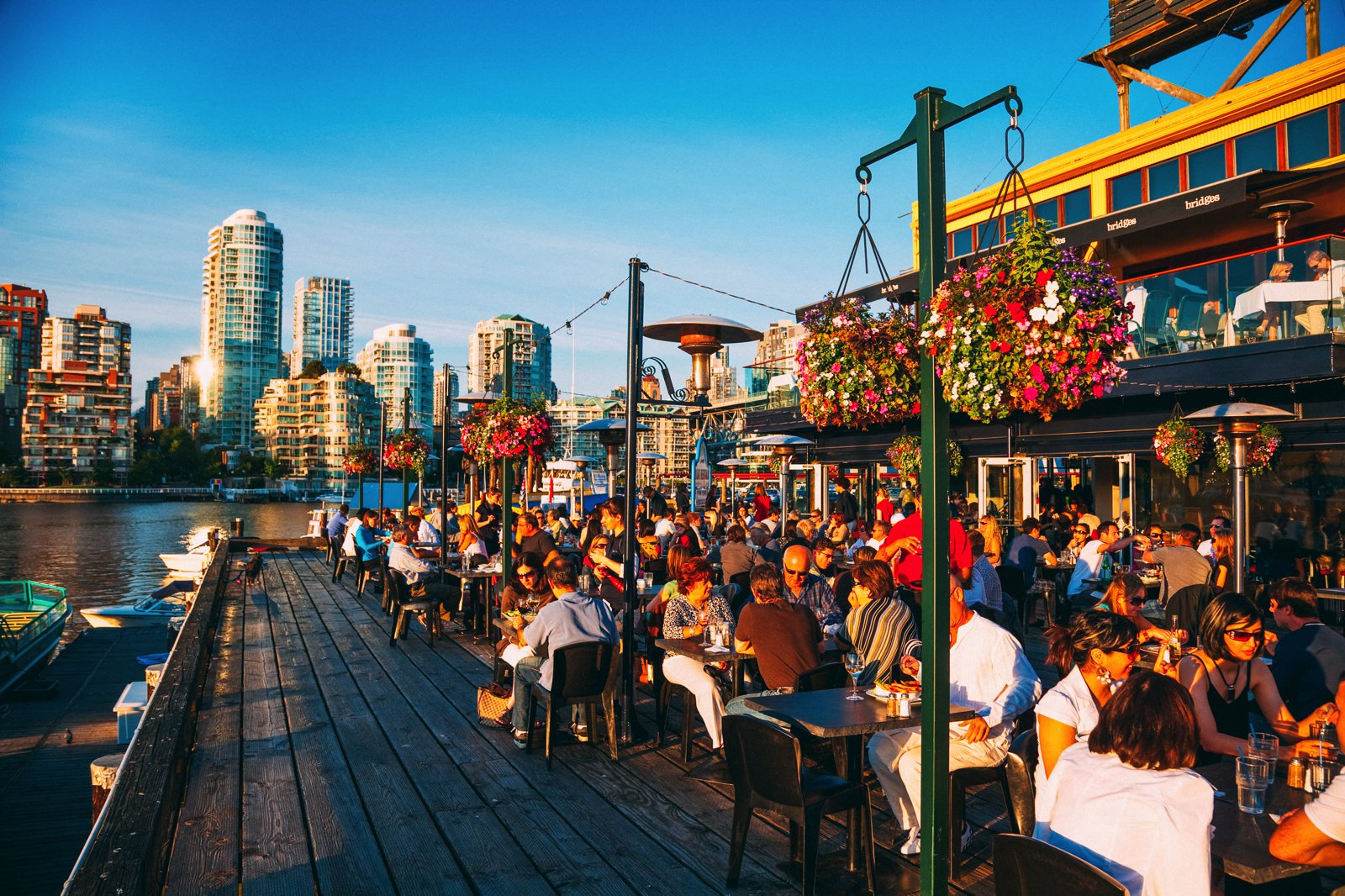 14 Fantastic Places You Have To Visit In Vancouver, Canada (11)