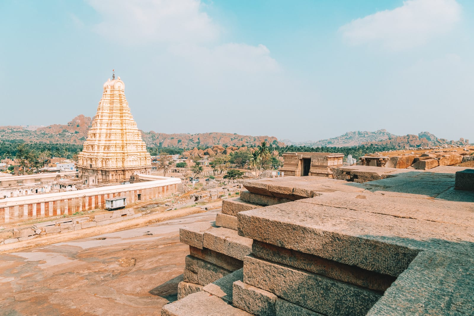 10 Famous Temples In India To Visit (4)