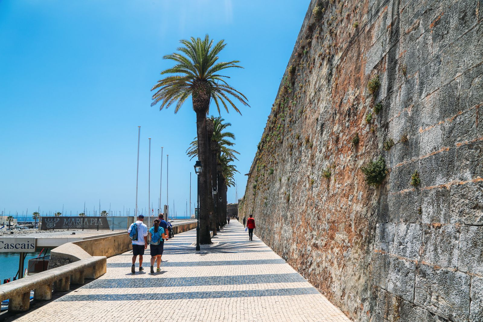 The Beautiful Seaside Town Of Cascais In Portugal... (22)