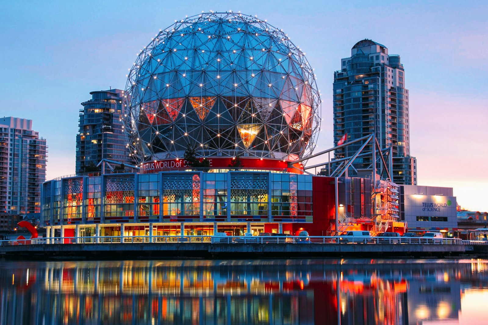 14 Fantastic Places You Have To Visit In Vancouver, Canada (7)