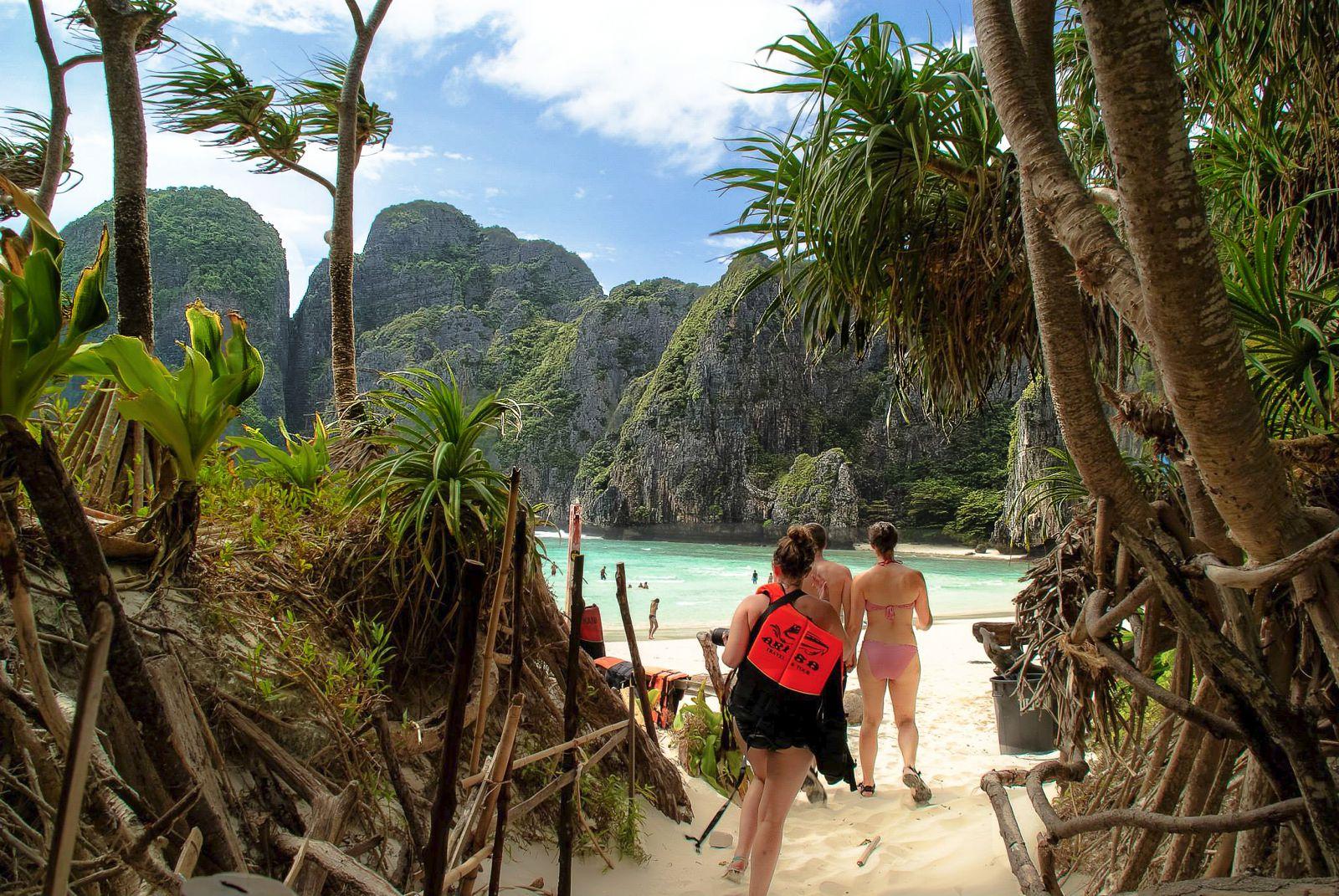Exploring Maya Bay, Thailand (13)