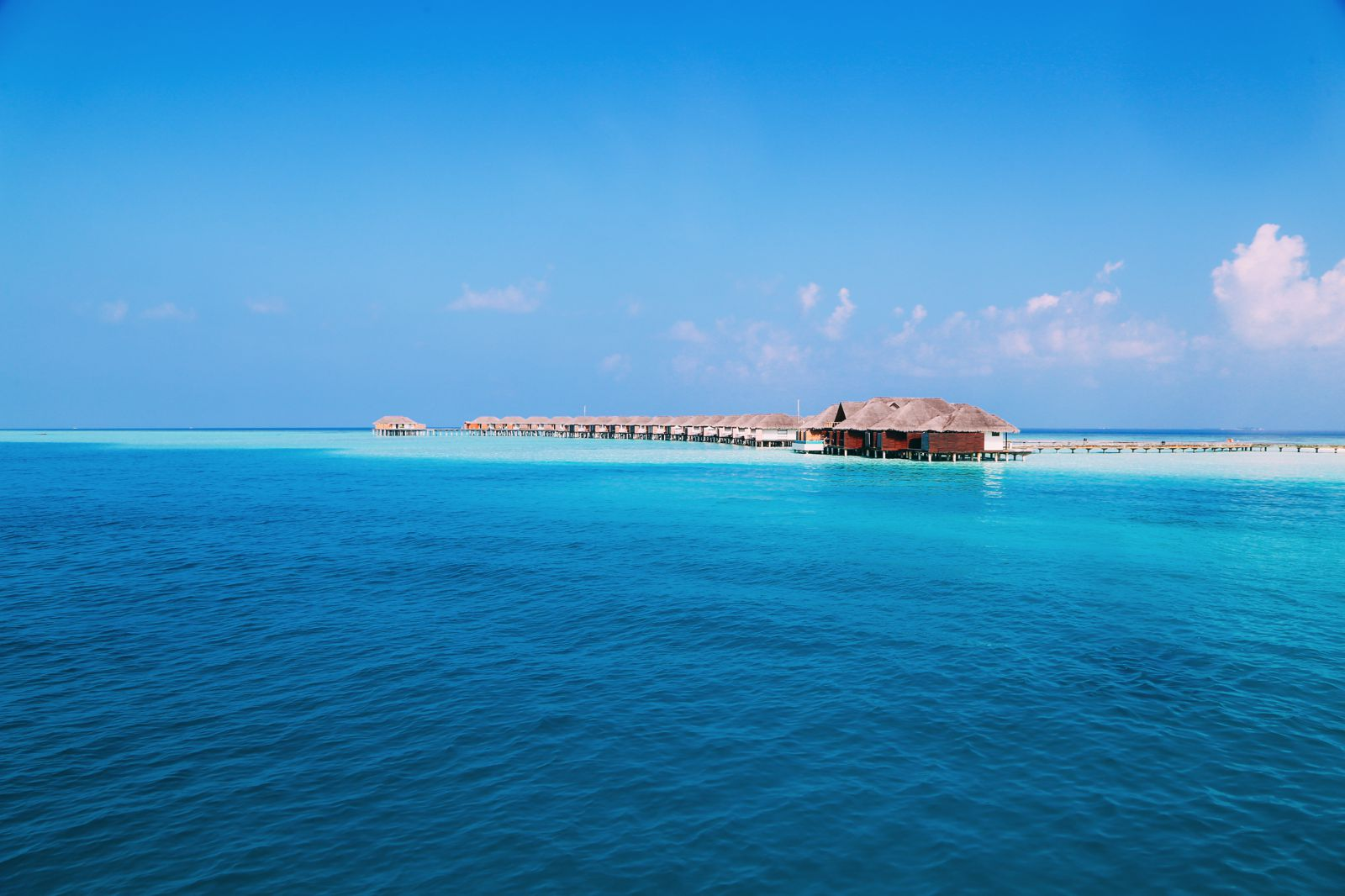 Sunshine and Island Hues... At Velassaru Maldives (7)