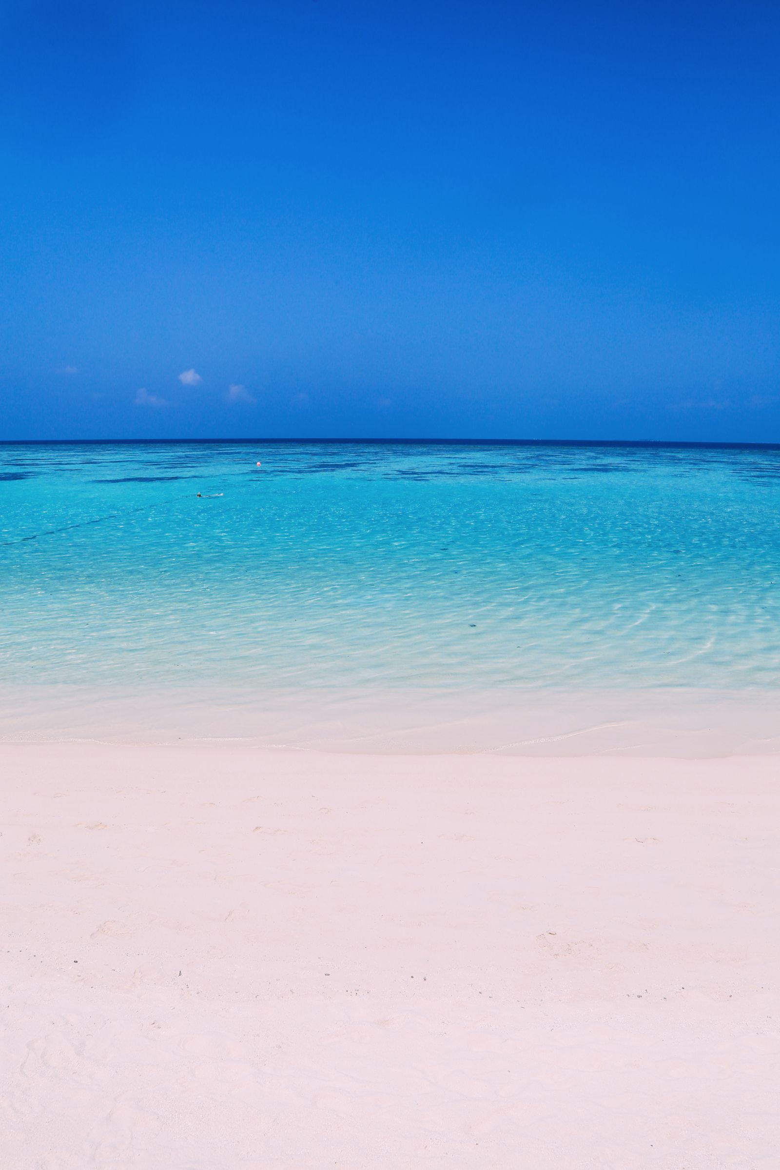 Sunshine and Island Hues... At Velassaru Maldives (34)